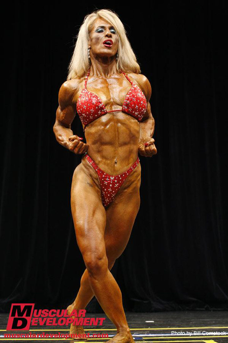 Theresa Hendricks Flexing Her Ripped Physique at the 2009 Team Universe Competition