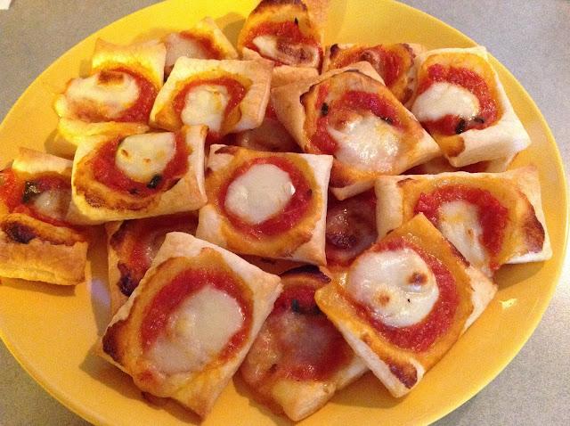 Imparando a cucinare pizzette di pasta sfoglia for Cucinare qualcosa di veloce