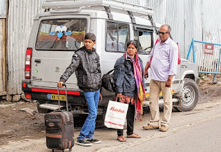 A family from Pune leaves Darjeeling after the tremors on Tuesday