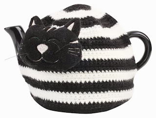 tea cosy gatto