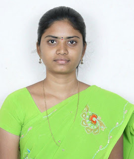Cute homely tamil girl with smiling face.