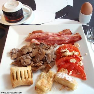 Desayuno griego en Atenas
