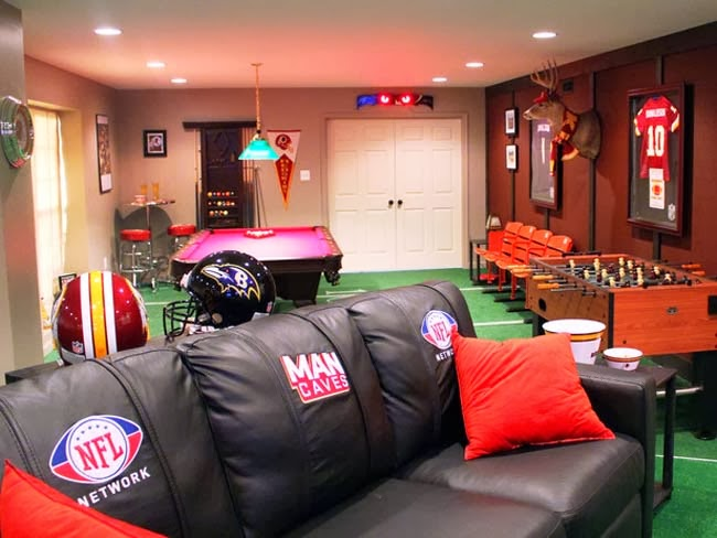 THE ULTIMATE SPORTS MAN CAVES