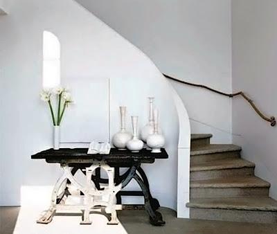 Modernas ideas para huecos de escalera en el 2012 for Huecos de escaleras decoracion