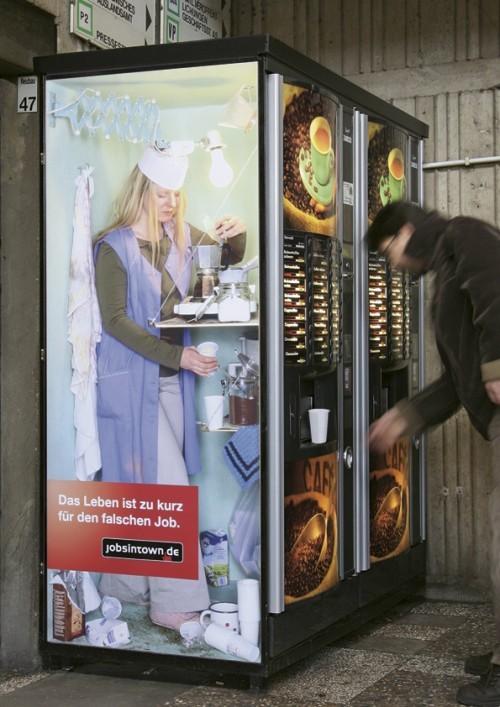 Life is too short for the wrong job - JobsinTown.de 1