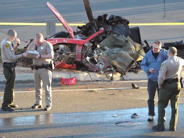 Paul Walker de Velozes e furiosos morre em acidente de carro nos EUA