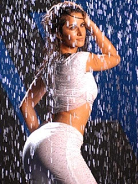 Katrina Kaif ass