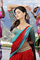 Samantha, Dookudu, red, saree, navel show, traditional look, expression