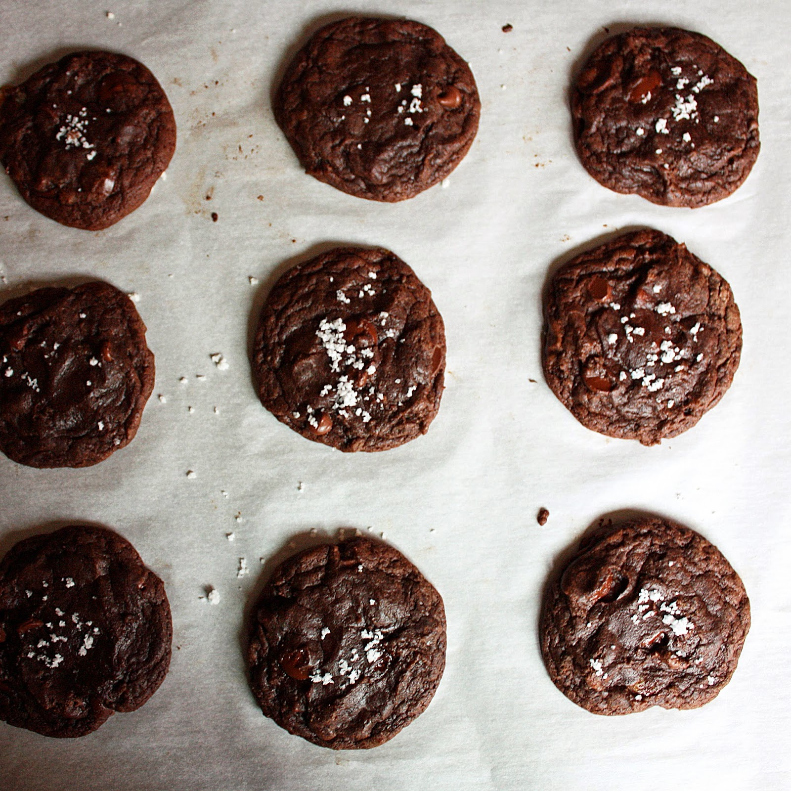 vegan double chocolate salted cookies stuffed with homemade caramels