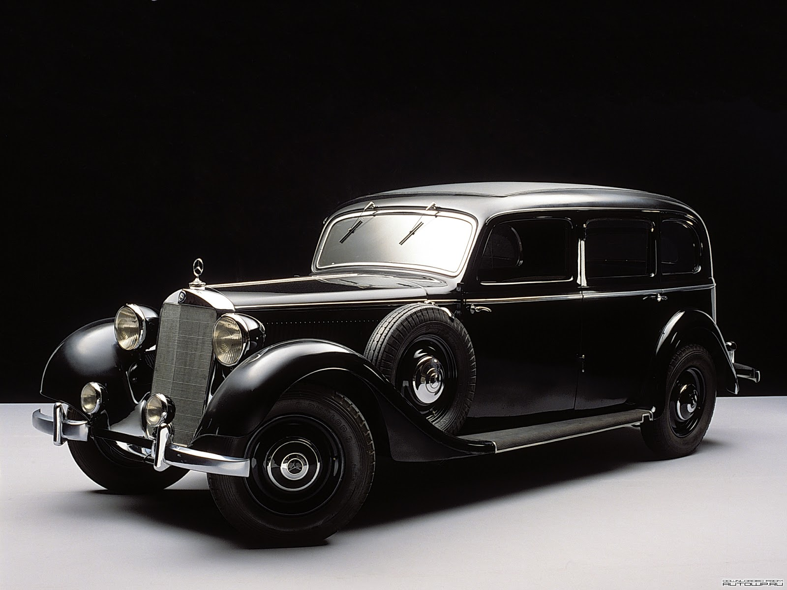 The Mercedes-Benz 260 D - Mercedes-Benz Produced and Sold the World's First Production Diesel-Powered Automobile
