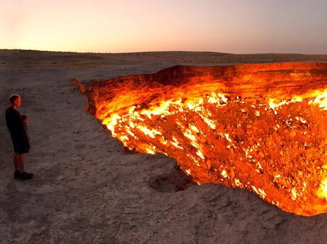 Gambar Lubang Neraka Di Turkmenistan