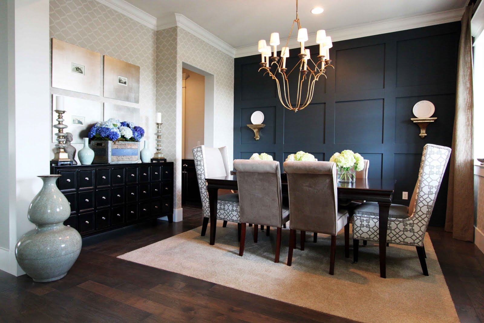 Stiles fischer interior design hgtv showhouse showdown - Black walls in dining room ...