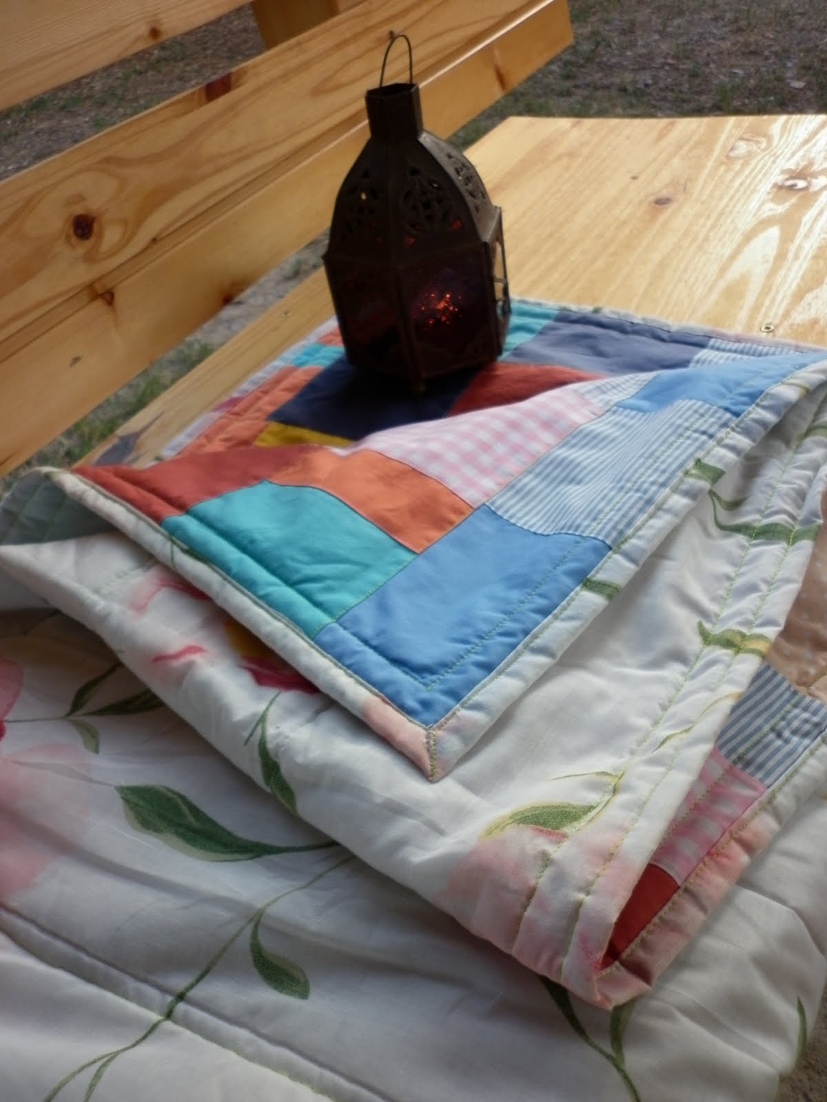 Reciclando telas para hacer una colcha susoleto cosas de - Tela para colchas ...