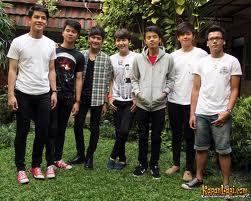 Boyband baru indonesia ini banyak digandrungi oleh cewe cewe remaja
