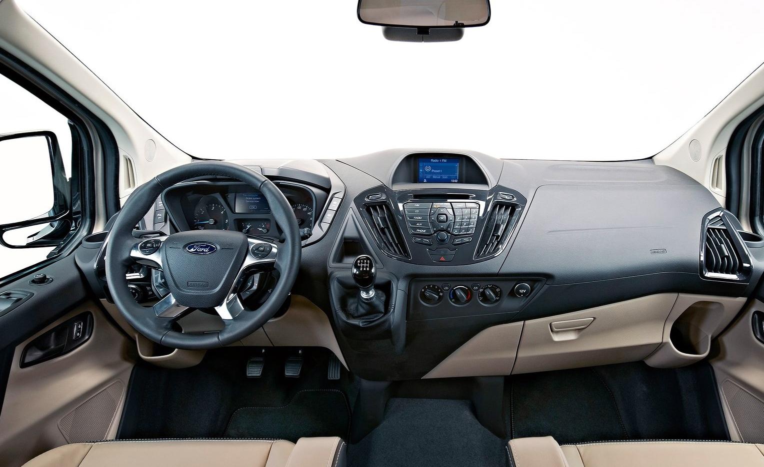 2012 ford tourneo custom concept world of car fans. Black Bedroom Furniture Sets. Home Design Ideas