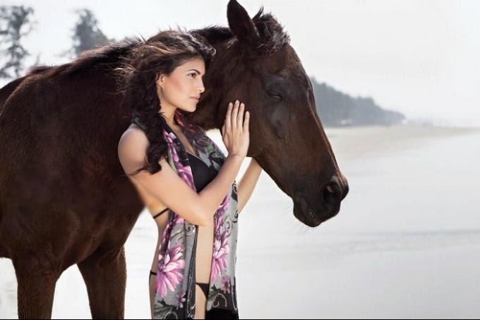 jacqueline with horse