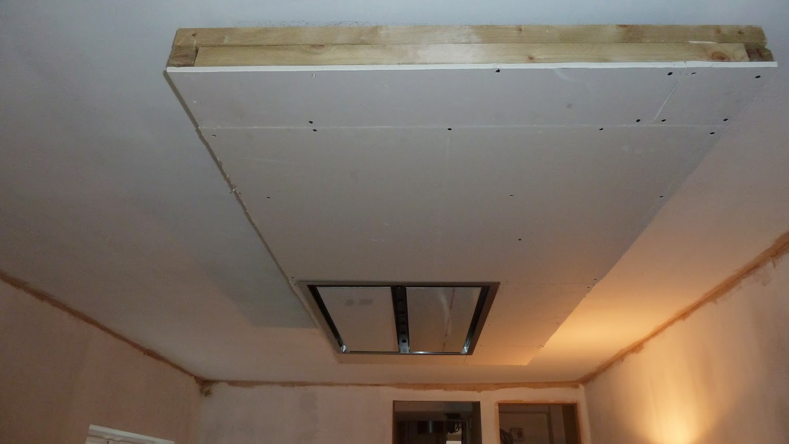 The ceiling of plasterboard in the kitchen: design and design options 79