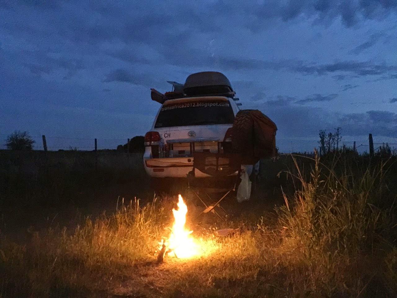 Lagerfeuer Romantik in Argentinien, dem ersten Land meiner Panamericana Reise. Ein schöner Wildcamping Spot!