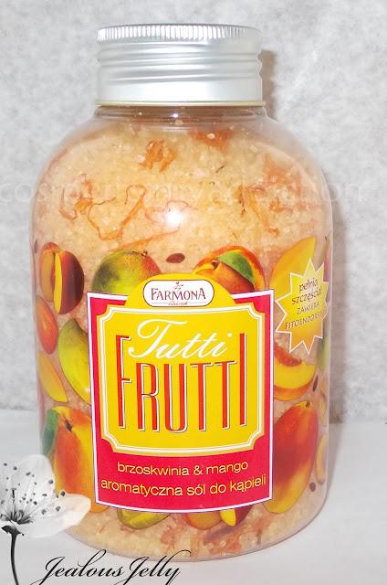 Tutti Frutti aromatyczna sól do kąpieli z płatkami kwiatów FARMONA