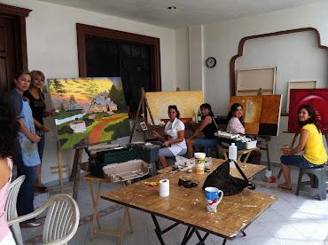 Clasesde pintura, damas y niños