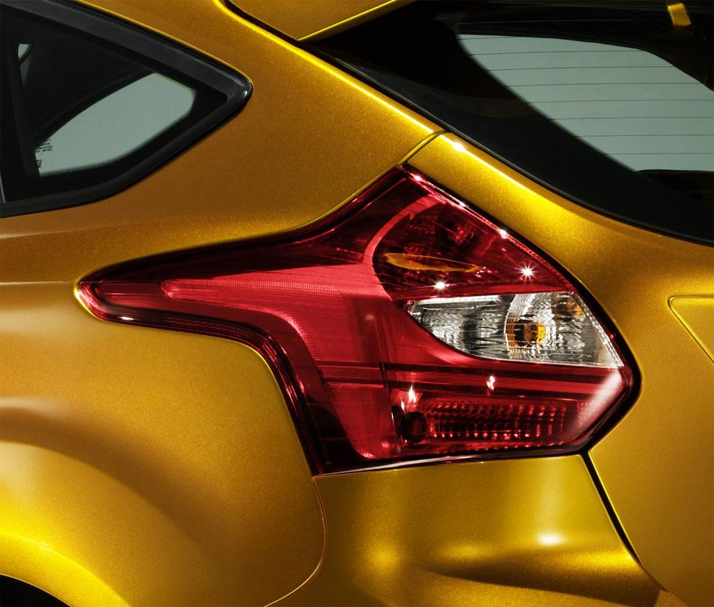 Aleena Latest Cars: Ford Focus ST & Ford F 150 SVT