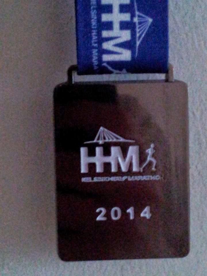 Helsinki half marathon 2014 mitalli