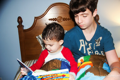 little brothers like a  turn to read