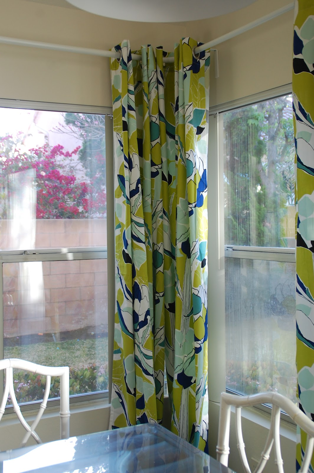 Lisa Moves: Ikea Janette curtains for the dining room