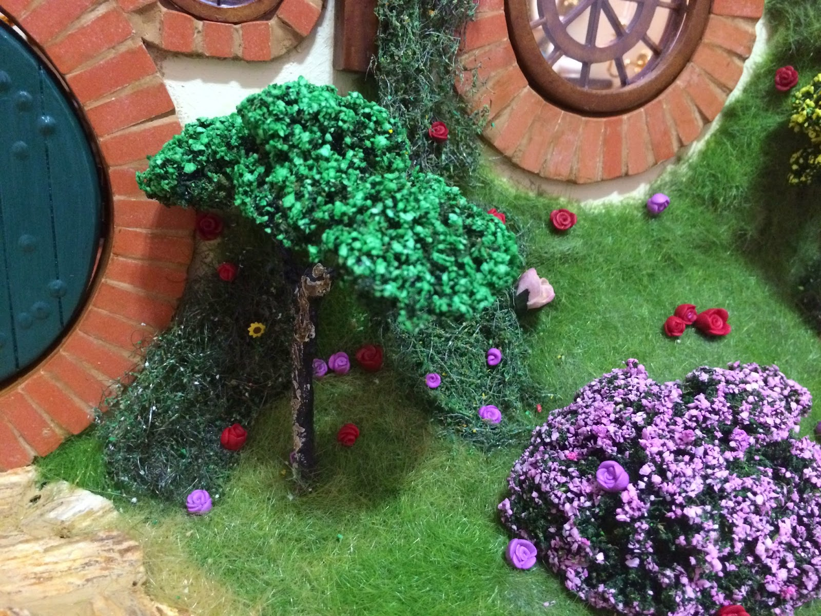 My Hobbit Hole Bag End Garden