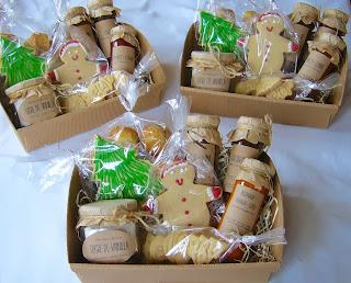 regalo de Navidad: mermeladas, galletas glaseadas decoradas