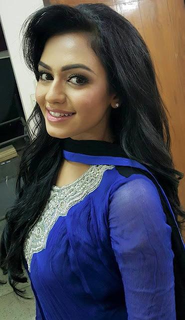 Nusrat faria without makeup