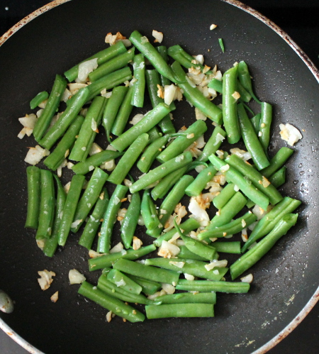 First garden green beans of the year: Green beans with butter and garlic