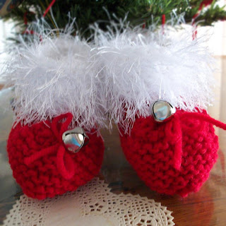 https://www.etsy.com/listing/195742151/baby-booties-christmas-booties-fun-fur?ref=shop_home_active_7