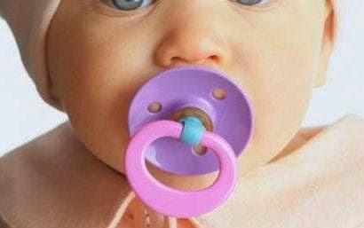 Bahaya Dot dan Empeng untuk Bayi