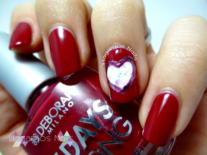 Nail Art Rojo Frambuesa Corazón. Deborah Milano. Hagamos Nails
