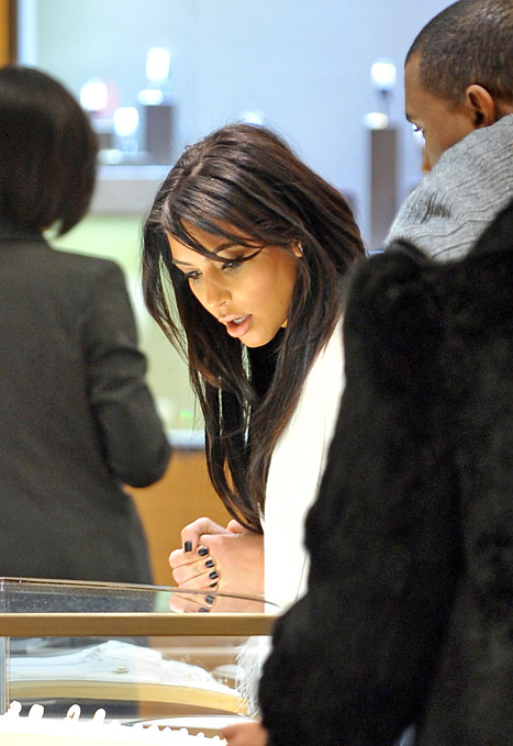 Kim Kardashian ,Gets ,$65,000, in, Jewelry ,from ,Kanye, West ,Reveals ,Stunning, Pregnancy ,Curves, on, Cartier ,Shopping, Trip