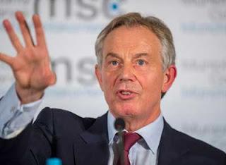 Noticias curiosas: Los niños británicos confunden a Blair con Dios