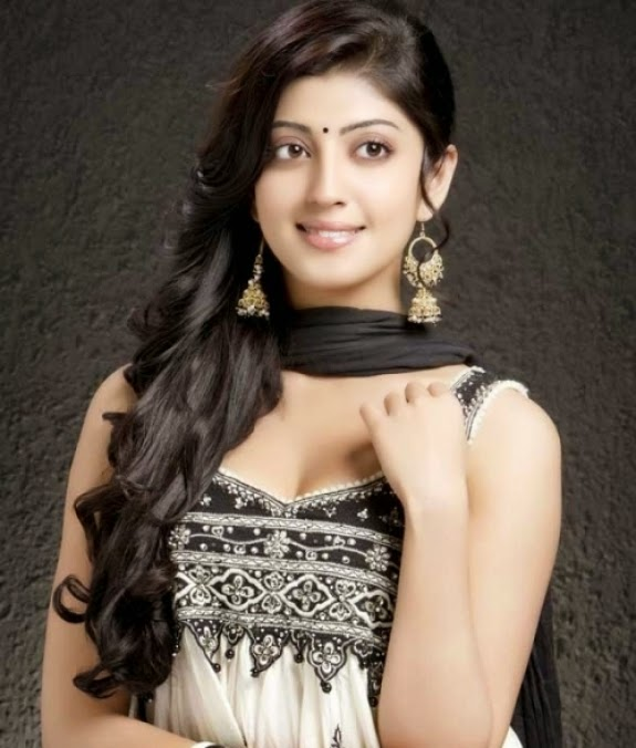 pranitha subhash photos