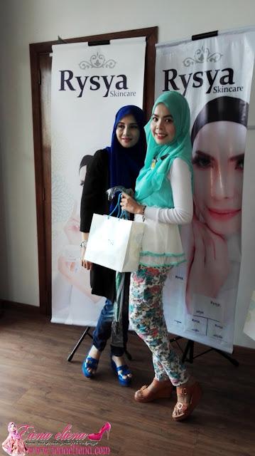 Bersama pengasas produk Rysya Skincare, Puan Noorazlina