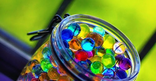 The Colorful White Colorful Water Marbles