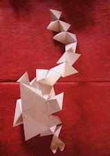 Escultura en papel reciclado