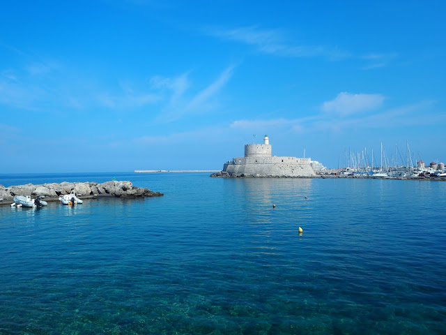P6295877, rodos, rhodes, rhodos, kreikka, greece, matkat, matka, kesäloma, summer, holiday, island, saari, välimeri, egeanmeri, travel, travels, travelling, matkustaminen, love travel, kreikan saari, meri, sea, sun, aurinko, sininen, blue, kaunis, greek island, rhodes island, rodoksen saari,