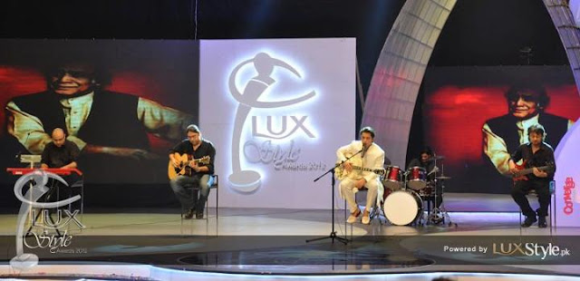 ali zafar at lux style awards 2012