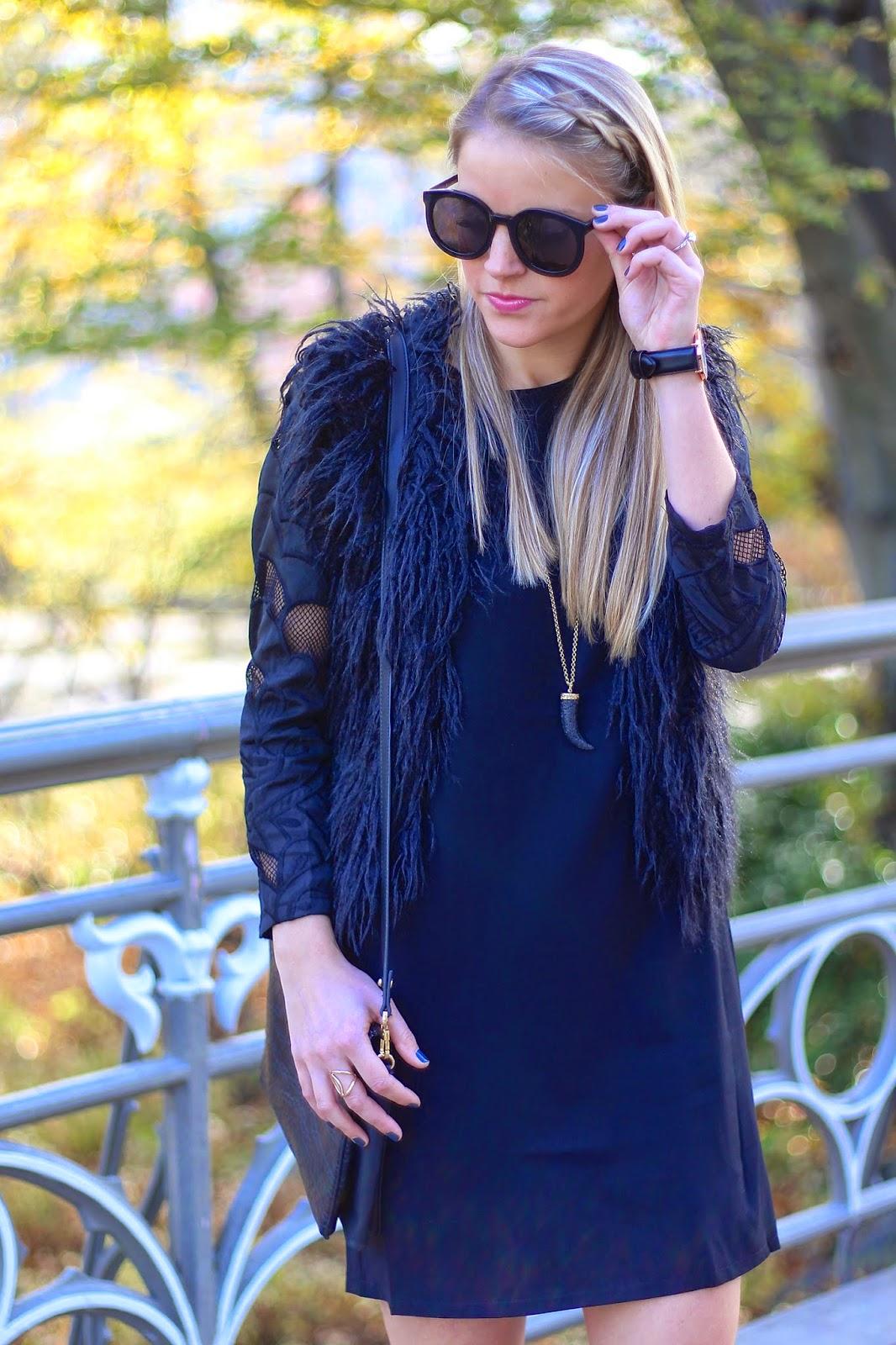 piperlime, moments of chic, little black dress, mule pumps, faux fur vest