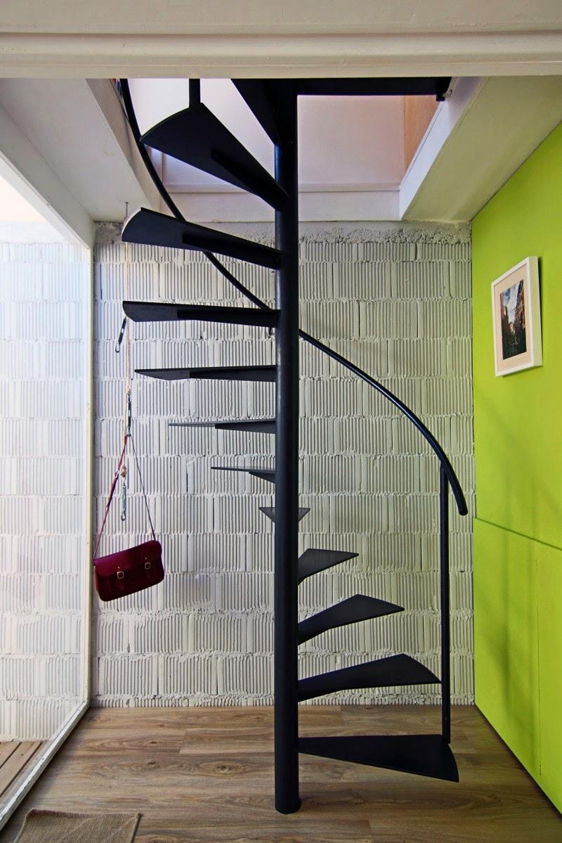 tangga rumah minimalis besi