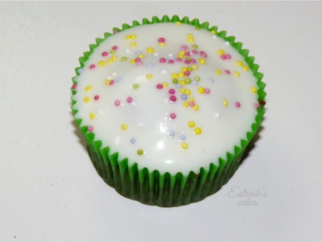 receta de cupcake vainilla-chocolate con crema de coco - 1