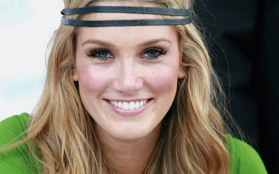 Delta Goodrem Australian Actress Wallpapers Cute Girl