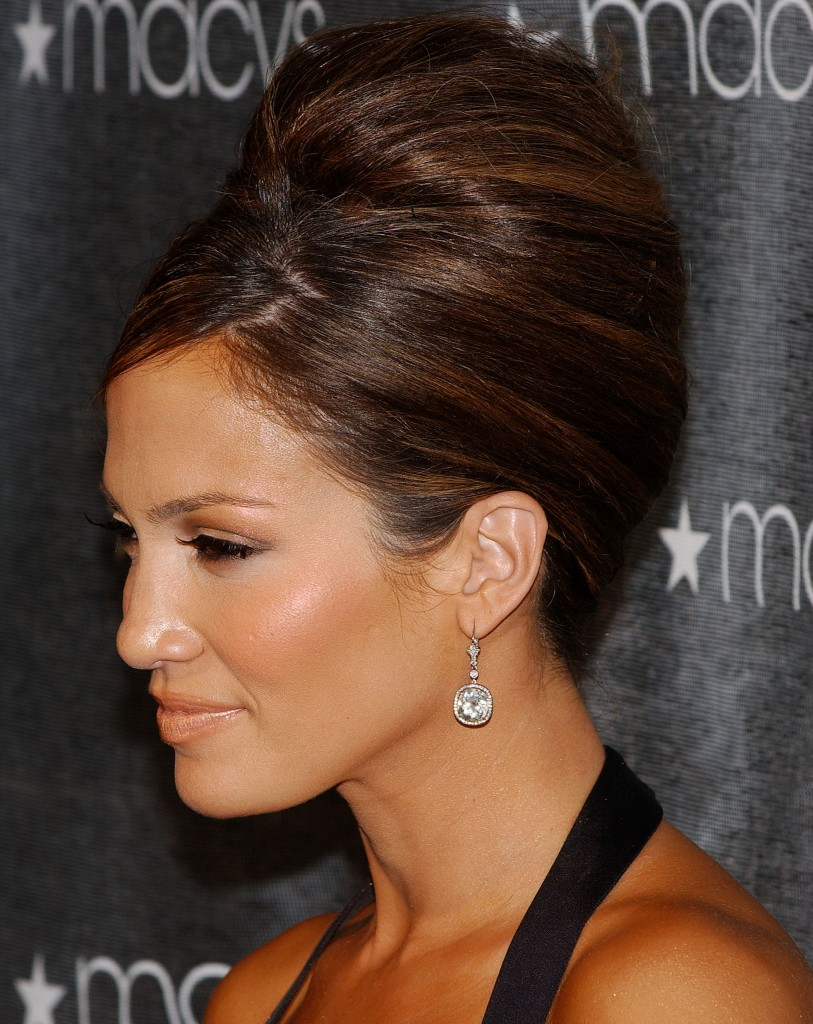 beehive hairstyle the beehive was one of the most popular hairstyles ...