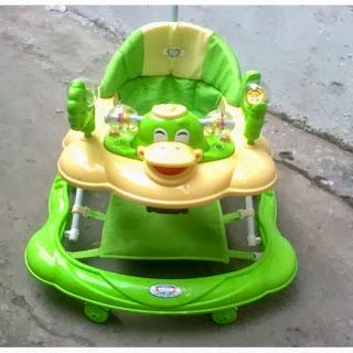 Xe tập đi dành cho bé chất lượng nhựa an toàn không độc hại