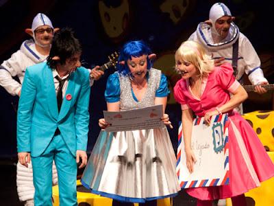 """""""Los Ratonautas y la Banda del Queso"""" teatro familiar en Las Lunas del Egaleo"""